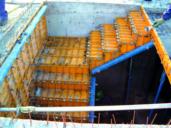 Imasatec nuevas tecnolog as descripci n for Encofrado de escaleras de concreto